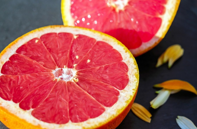 grapefruit-1647688_1920.jpg